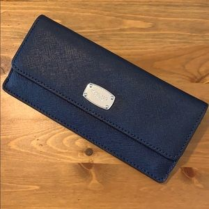 JET SET TRAVEL SLIM LONG WALLET NAVY/SILVER